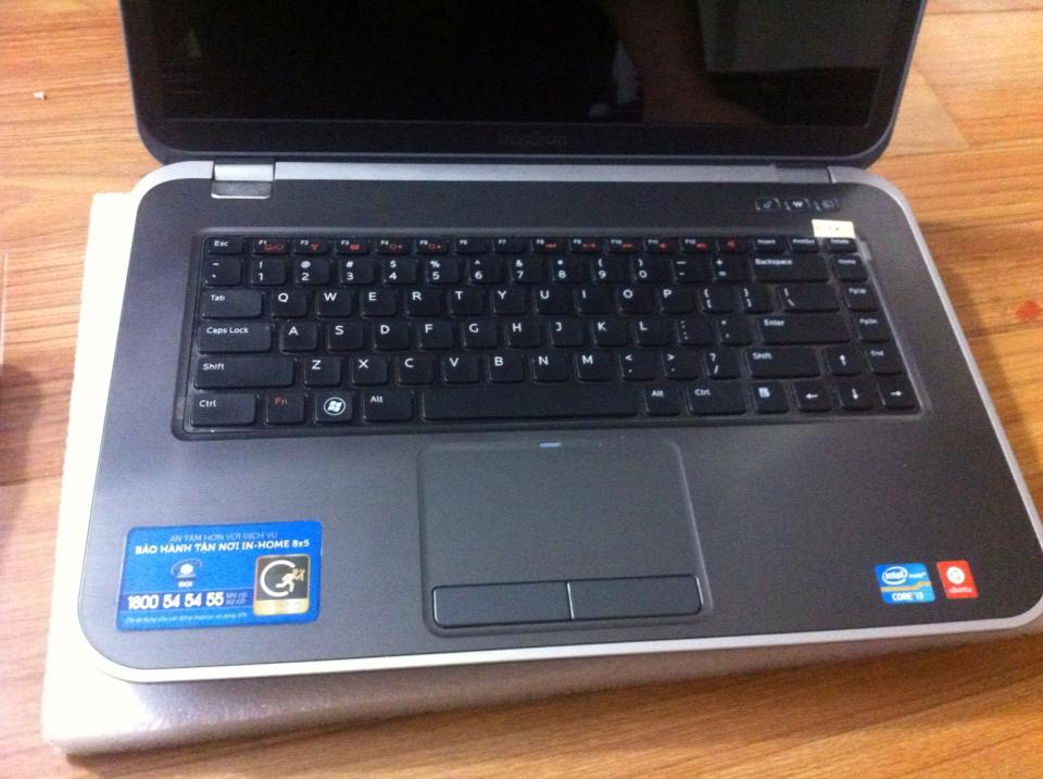 laptop-dell-inspiron-cu-gia-re-hcm-5