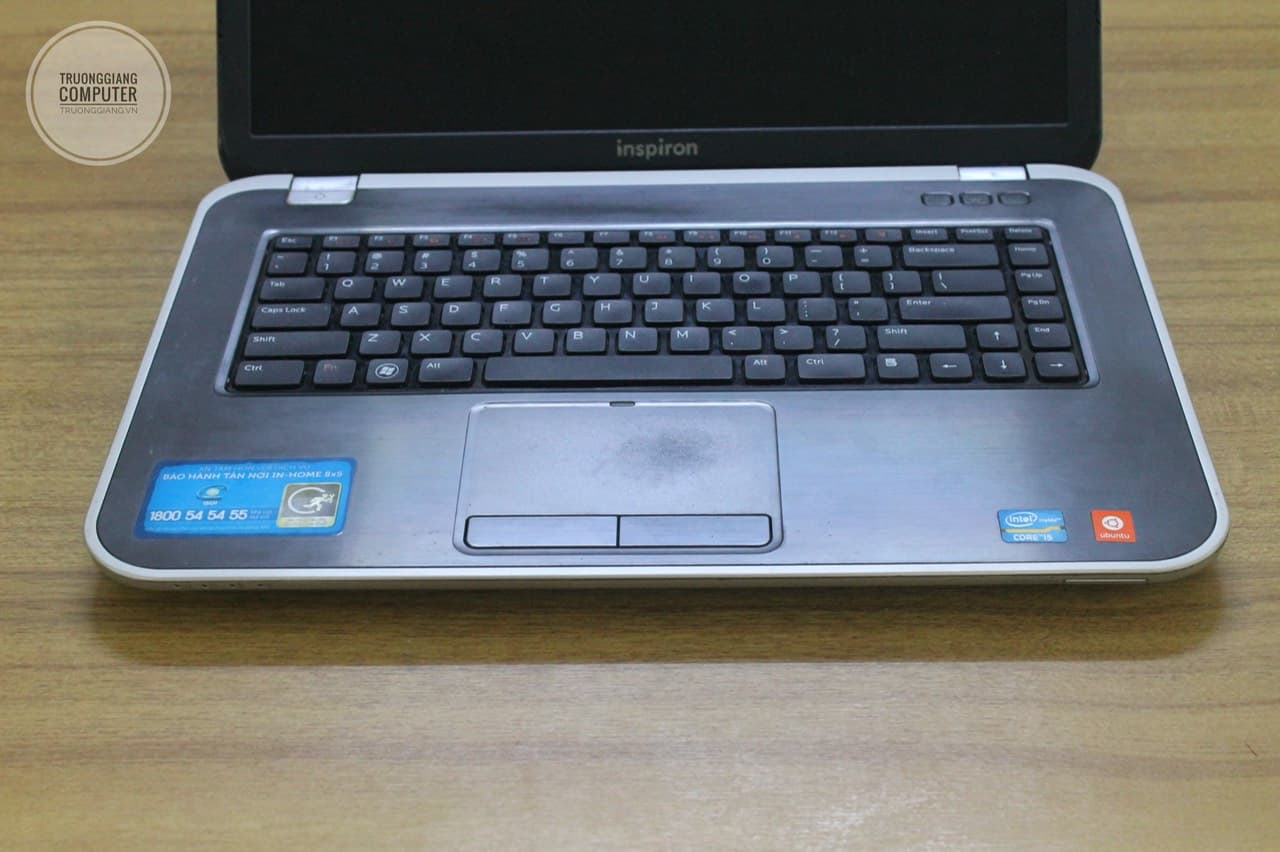 laptop-dell-inspiron-cu-gia-re-hcm-8
