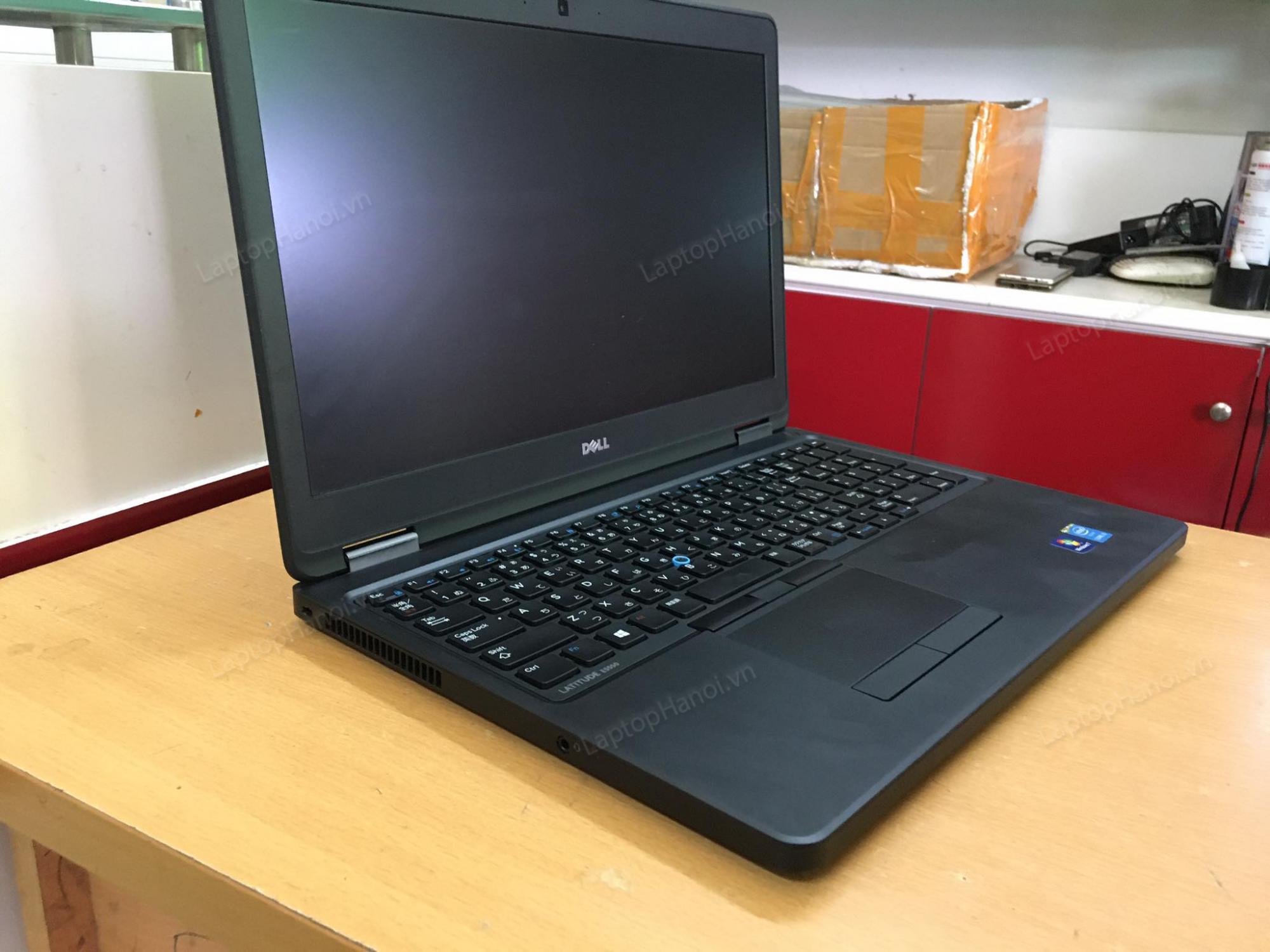laptop-dell-e5550-gia-re-hcm-5
