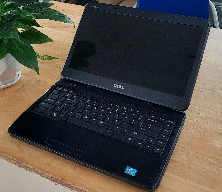laptop-dell-inspiron-cu-gia-re-hcm-dell-4050-2