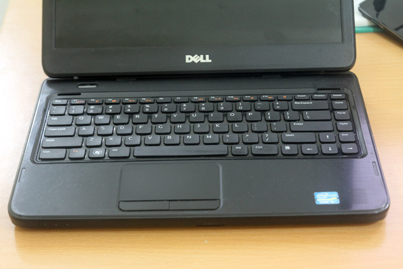 laptop-dell-inspiron-cu-gia-re-hcm-dell-4050-3