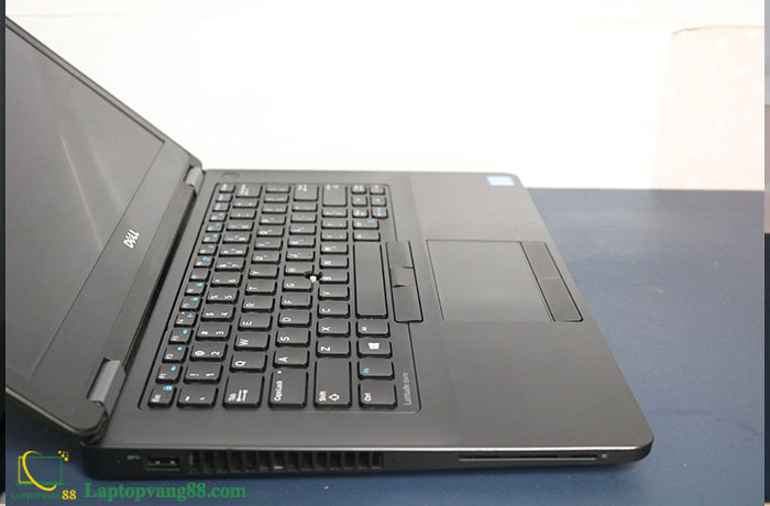 dell-latitude-e5470-i5-6440hq-11