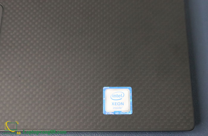 dell-precision-5520-xeon-7
