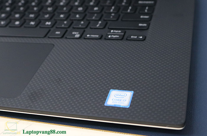 dell-xps-9570-10