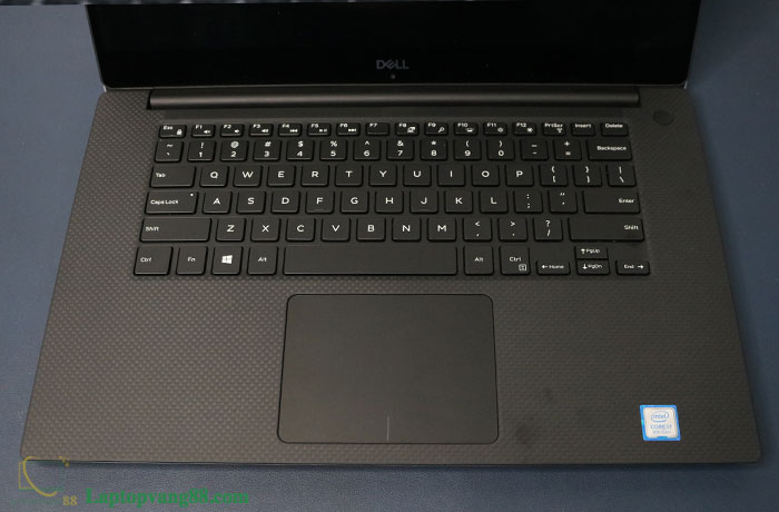 dell-xps-9570-11