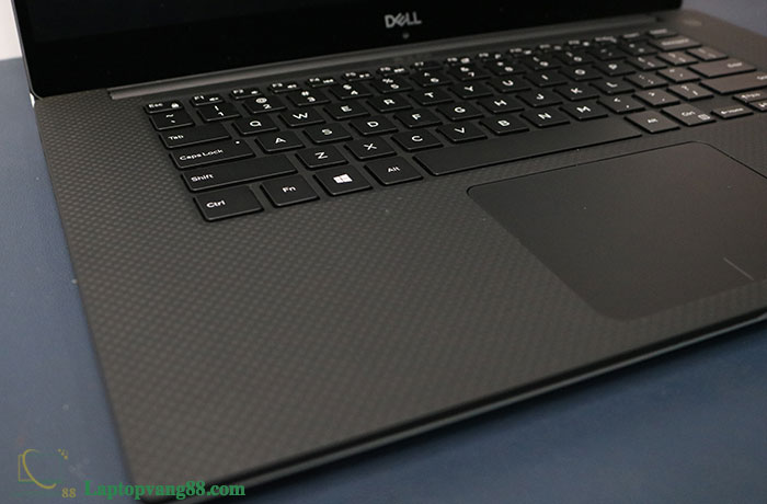 dell-xps-9570-12