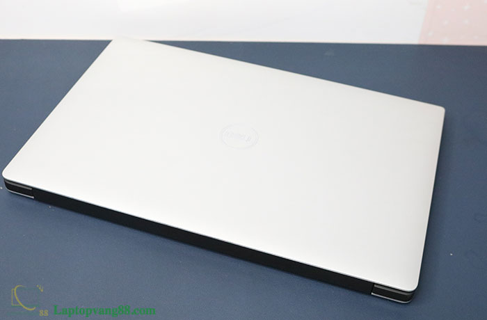 dell-xps-9570-5