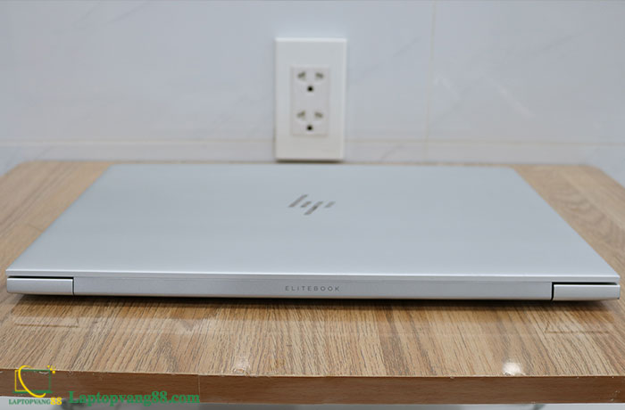 hp-elitebook-850-g5-2