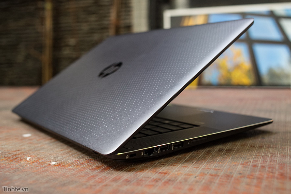 hp-zbook-15-g3-xeon-32gb-m2000m-04