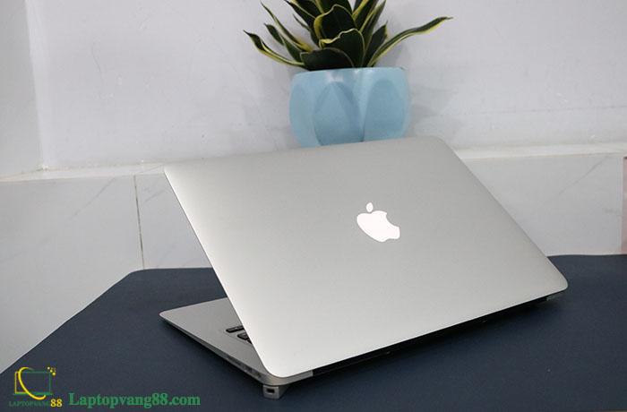 Macbook-air-core-i7-2013-14