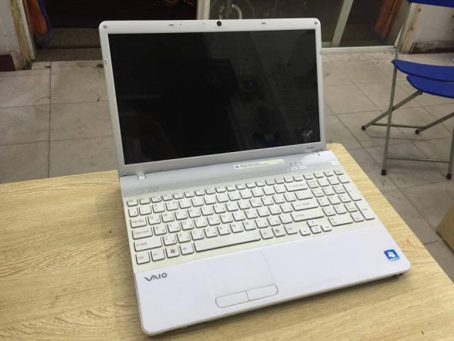 laptop-sony-vpceb-i5-4gb-500-3