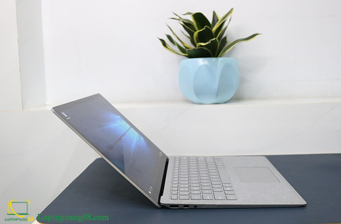 surface-laptop-2-core-i5-8350u-ram-16gb-ssd-256-135-2k-silver