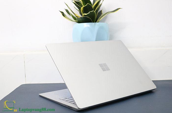 Laptop-suface-core-i5-2018-11
