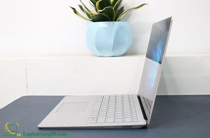 Laptop-suface-core-i5-2018-13