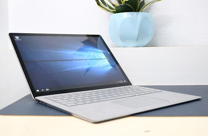 hinh-trang-chu-surfae-laptop