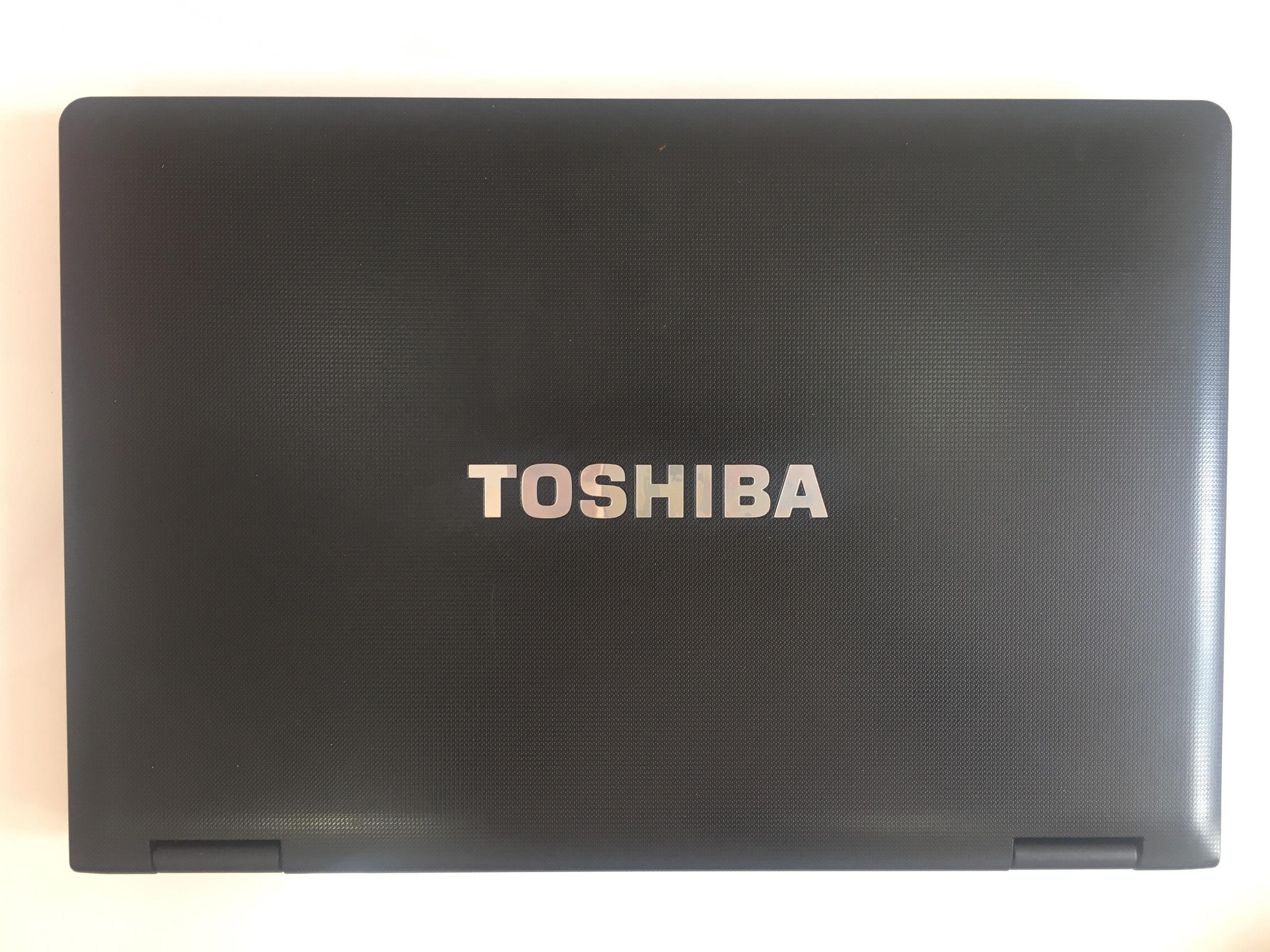toshiba-satellite-pro-s85-10